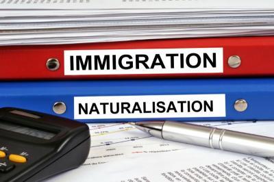 Avocat naturalisation Paris 4